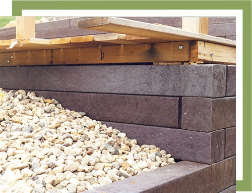 recycled plastic wood retaining wall